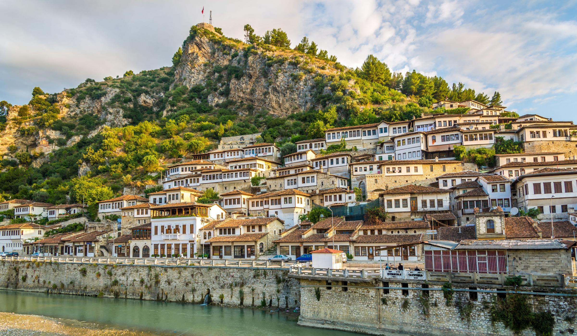 جاذبه های توریستی آلبانی