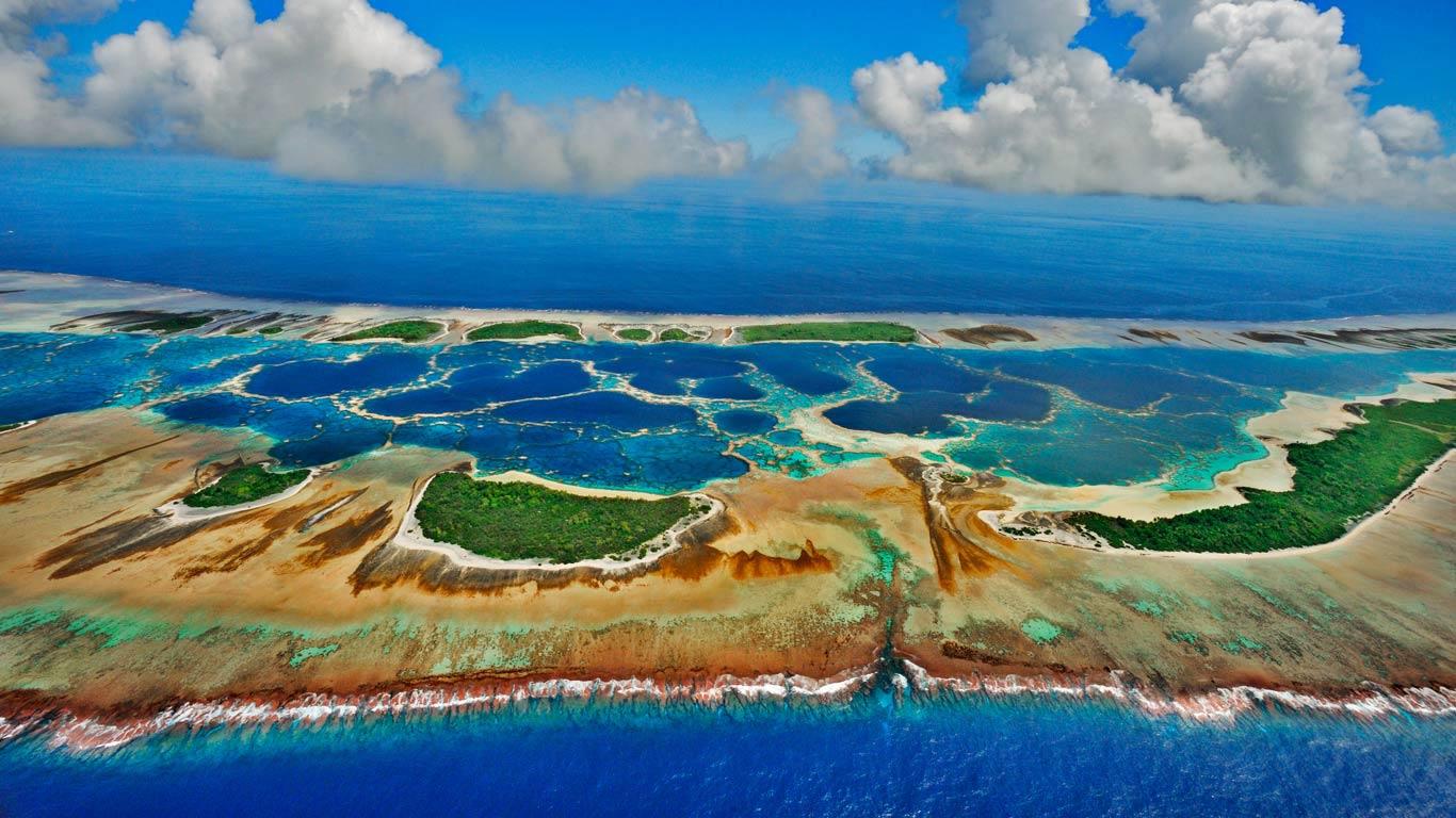 ۷ جزیره که باید پیش از نابود شدنشان ببینید