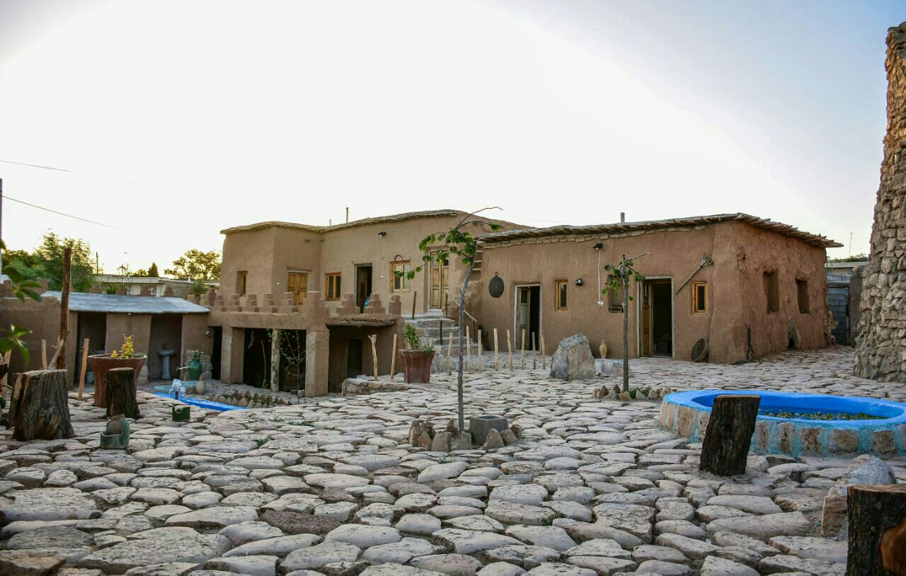 اقامتگاه قصر يعقوب